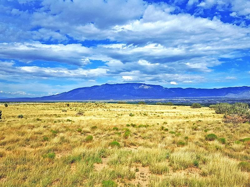 Cerro Azul Place NW, Albuquerque, NM 87120